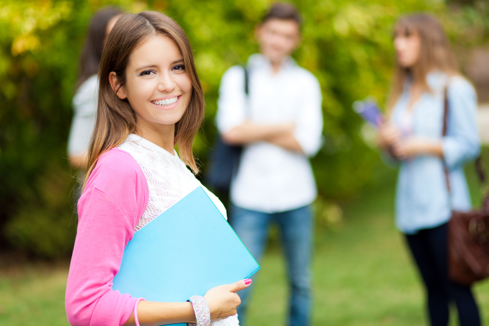 What Should Your High School Student Be Doing Now to Get Into College?